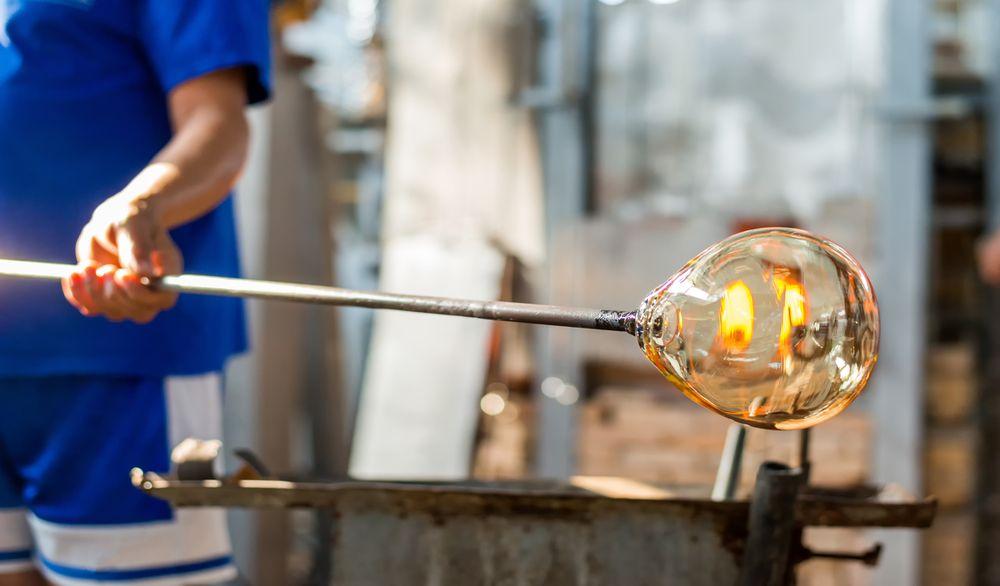 Obtener diseños creativos en su hogar con especialidad vidrio ...